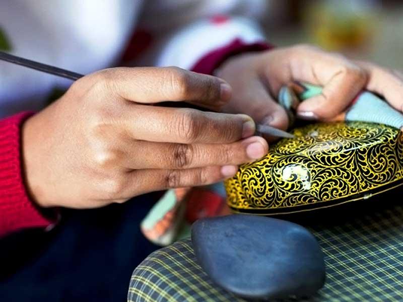 راه اندازی مرکز آموزش صنایع دستی در درمیان