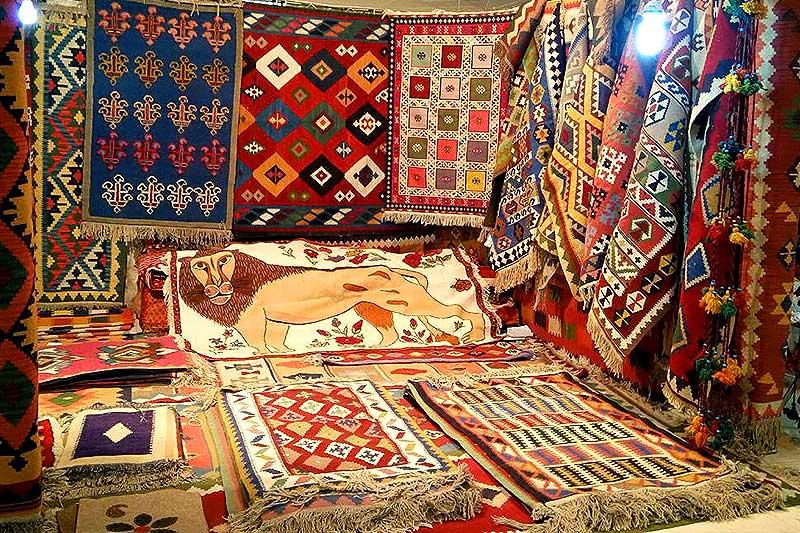 نمایشگاه صنایع دستی در یاسوج برگزار می شود